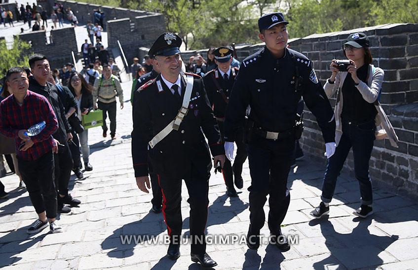 Italy Police patrol in Great Wall 2017